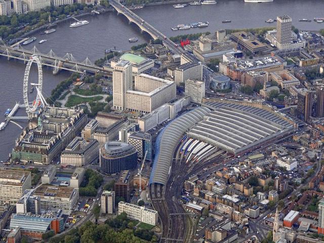 Waterloo-Station-واترلو-لندن